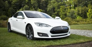 Tesla Araç Teslimat Oranı 3. Çeyrekte Analistlerin Tahminlerini Aştı!