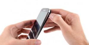 Samsung Galaxy S4'ü Parçalara Ayırdılar