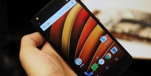 Motorola'dan Kırılmaz Ekranlı Android Telefon: Moto X Force