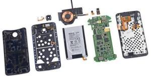 Nexus 6 Parçalarına Ayrıldı
