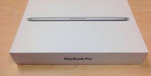 15 inç MacBook Pro Kutu Açılımı