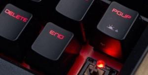 MSI'ın Çılgın Laptop Mekanik Klavyesinden Görüntüler