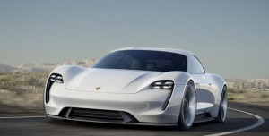 Porsche Mission E, Tesla'ya Meydan Okuyor