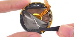 Motorola Moto 360 Parçalarına Ayrıldı