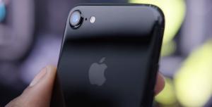 iPhone 7 Jet Black'in Bir Başka Sorunu Daha Ortaya Çıktı!