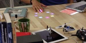 Çalışma Masaları Dokunmatik Ekranlara Dönüşüyor