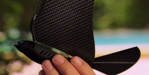Cep Telefonundan Kontrol Edilebilen Robot Kuş Üretiliyor