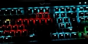 Klavyenizi Kullanarak Renkli Bir Şekilde Snake Oynamaya Ne Dersiniz?