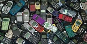 Sakın Çöpe Atmayın, Eski Cep Telefonlarınız 'Altın' Değerinde!