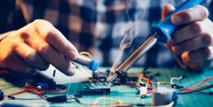 Bilgisayar Güç Kaynağı Nasıl Takılır ve Sökülür?