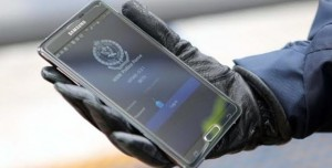 Polis Google ve Apple'ın Peşinde!
