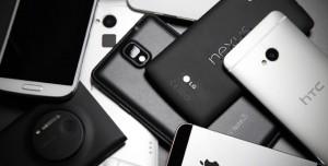 2015 Yılında Harikalar Yaratan ve Hala Canavar Gibi Çalışan 3 Akıllı Telefon