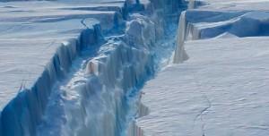 Trilyon Tonluk Buzdağı Antarktika Kıtasından Koparak Ayrıldı
