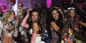 Bilim Adamları Kadınlar İçin İdeal Dans Hareketlerini Belirledi