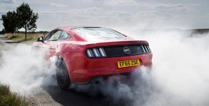 Yeni Ford Mustang İle Lastik Yakmak Artık Çok Kolay