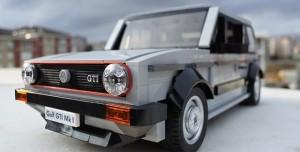 Türk Tasarımcı Binlerce LEGO Parçasıyla Golf Otomobili Yeniden Tasarladı