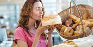 Yemekleri Koklamak Kilo Almaya mı Yol Açıyor?