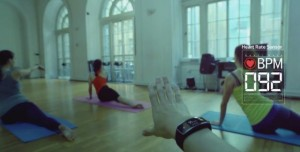 Samsung Gear Fit: Fitness Resmi Reklam Videosu