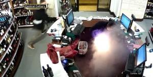 Elektronik Sigara Cepte Bomba Gibi Patladı!