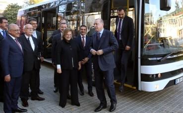 Cumhurbaşkanı Erdoğan TEMSA'nın Elektrikli Otobüsünü Test Etti