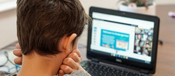 Bir Öğretmen Online Ders Sırasında Cinsel İlişkiye Girdi