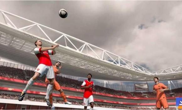 FIFA 11 HD Mobil Ekran Görüntüleri - 2