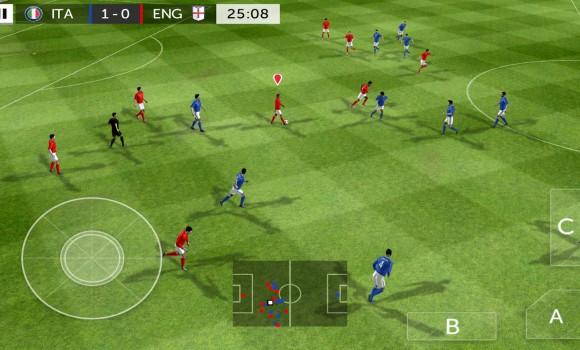 First Touch Soccer 2015 Ekran Görüntüleri - 3