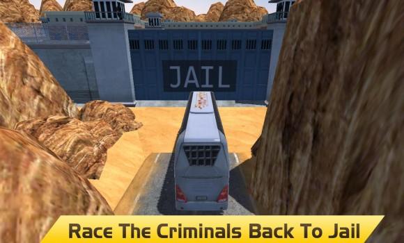 Hill Climb Prison Police Bus Ekran Görüntüleri - 2