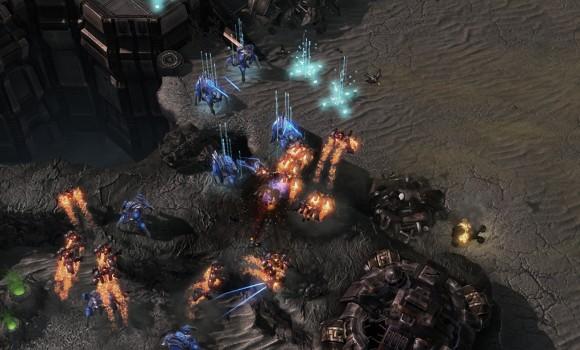 Starcraft 2: Heart of the Swarm Ekran Görüntüleri - 10