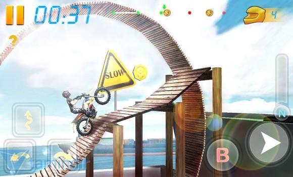 Bike Racing 3D Ekran Görüntüleri - 2