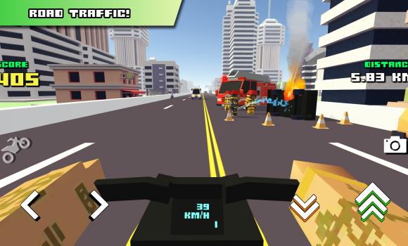 Blocky Moto Racing Ekran Görüntüleri - 2