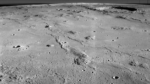 Ay'daki Mağaralar İnsan Yaşamına Uygun mu?