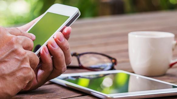 Akıllı Telefonlara Bağımlıyız