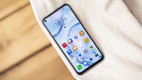 EMUI 11 Alacak Huawei ve Honor Telefonlar