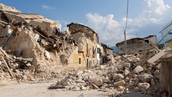 İzmir' Deprem Uyarısı