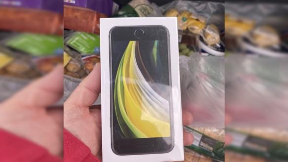 Elma Siparişinden Telefon Çıktı