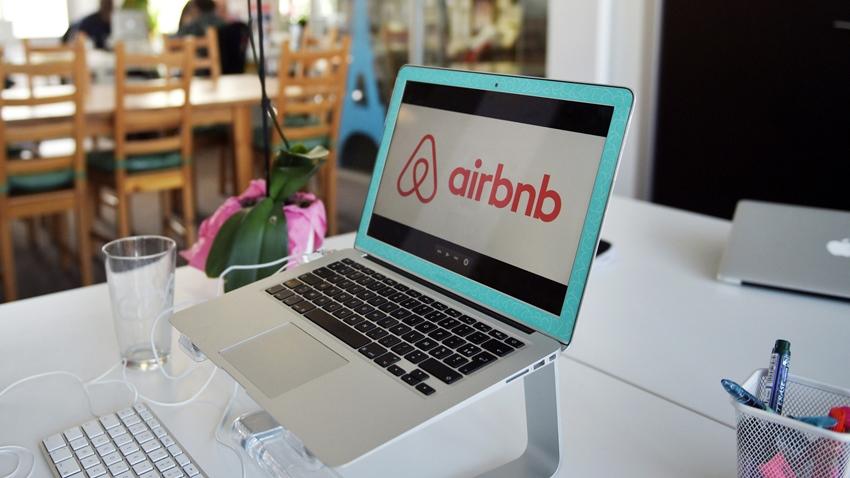Airbnb Yemek Rezervasyonu