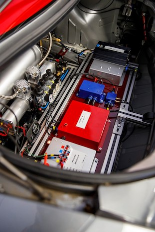 Nissan GT-R/C İç 2
