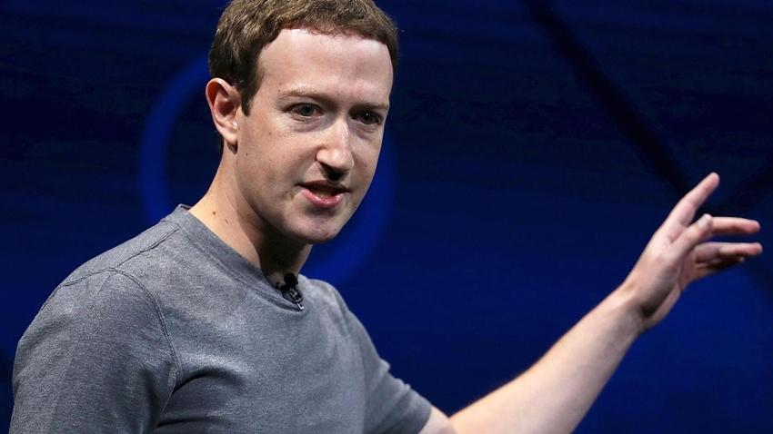 Mark Zuckerberg Kullanıcılardan Özür Diledi