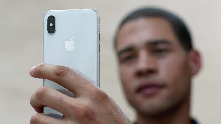 iPhone X'in Dikkat Çeken Özelliği Face ID, iPad Pro'ya Mı Geliyor?