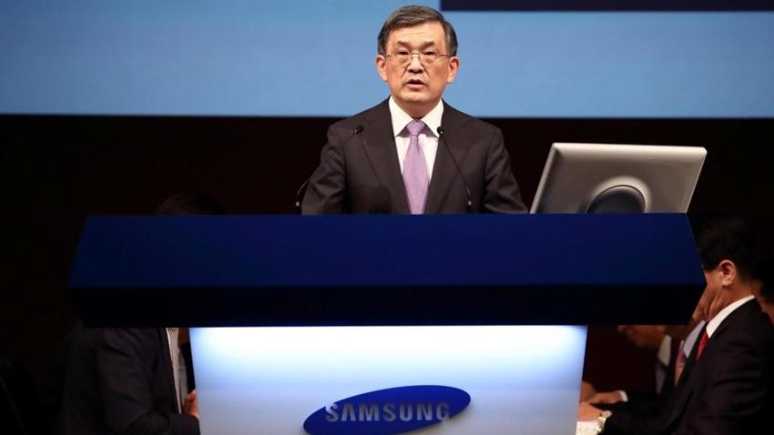 Samsung CEO'su İstifa Etti!