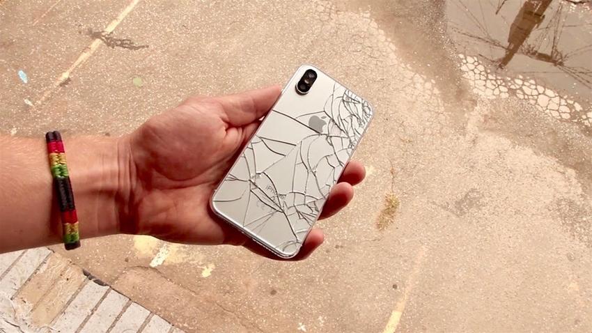 iPhone X Düşme