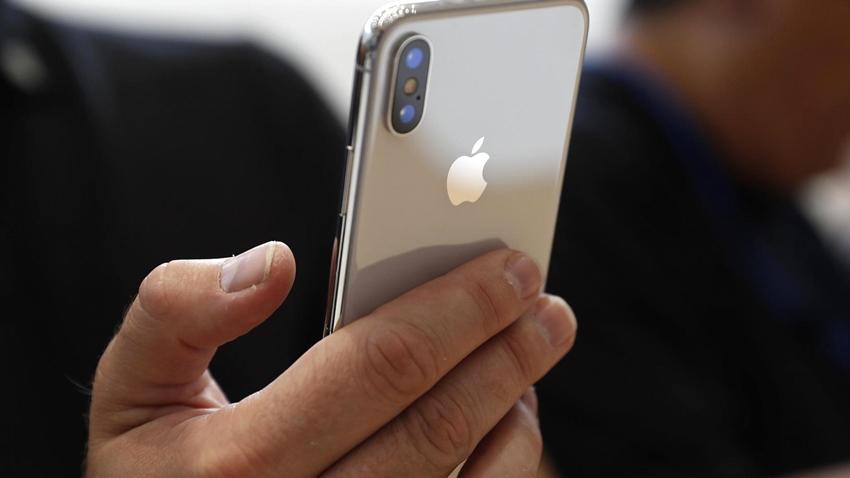 iPhone X 300.000
