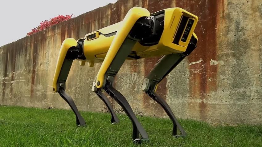 Bostan Dynamics'in Yeni Elektrikli Robot Köpeği İle Tanışın