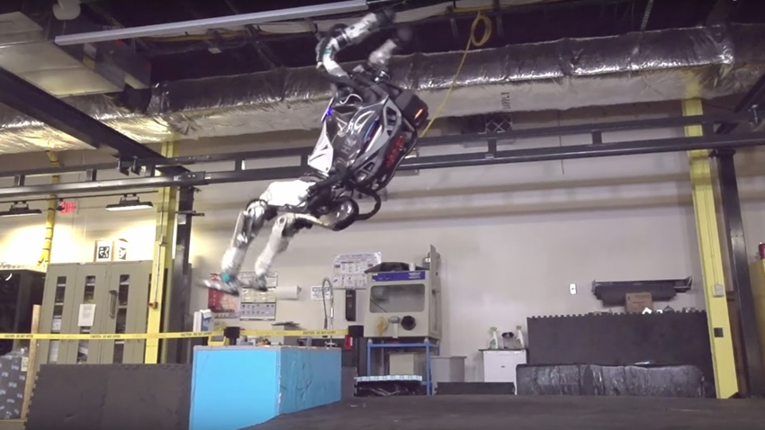 Boston Dynamics'in Atlas Robotu Jimnastik Ustası Çıktı!