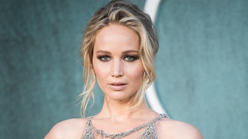 Çıplak Fotoğrafları Sızdırılan Jennifer Lawrence'tan Çarpıcı Açıklamalar