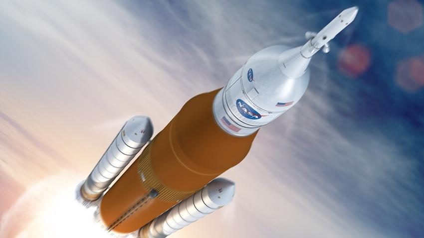 NASA, Yeni Roketinin Lansman Tarihini Erteledi