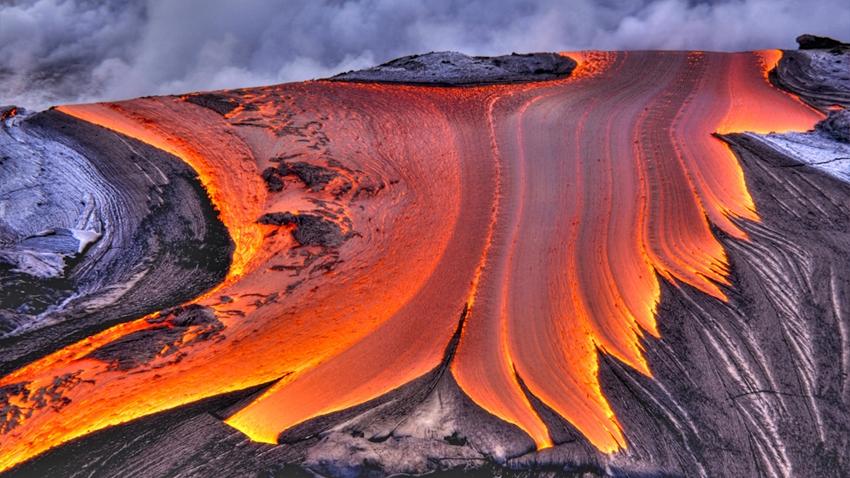 ABD, Yeryüzüne İlerleyen Devasa Magma Kabarcığının Tehlikesi Altında