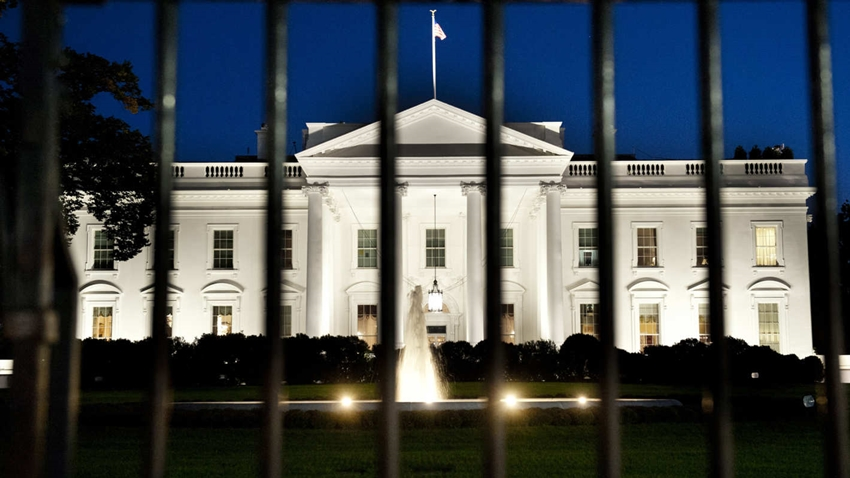 Beyaz Saray Çalışanlarına Telefon Yasağı Getiriliyor