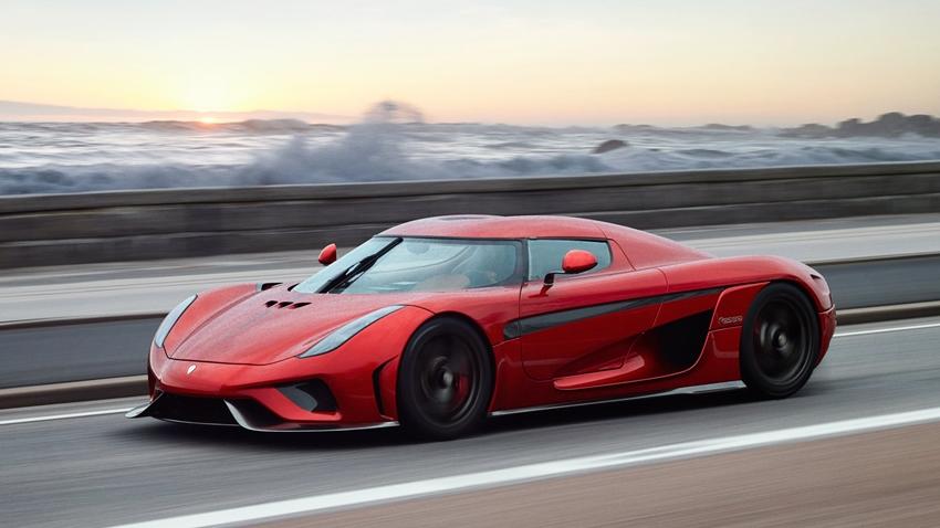 Dünyanın En Hızlı Otomobili Regera'ya Çarpışma Testi